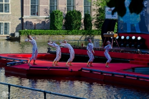 De Dutch Don't Dance Division op het Hofvijverconcert